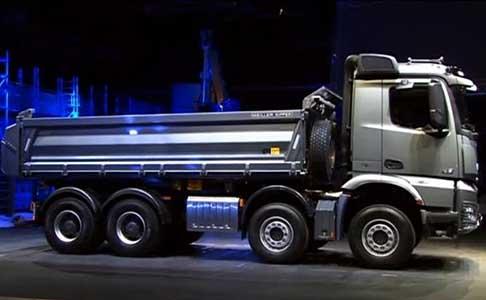 Trucks mercedes arocs camion mercedes acros per - Foto di grandi camion ...
