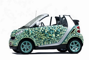La Smart Fortwo di cartone al Salone di Parigi